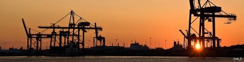 Solnedgång, Göteborgs hamn, siluett, Martin Bergström, Lavendelfoto